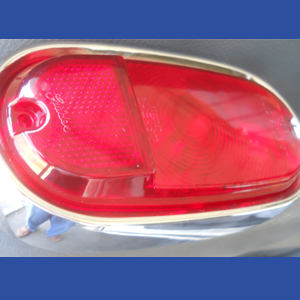 Panel and Suburban Taillight with Plastic Lens